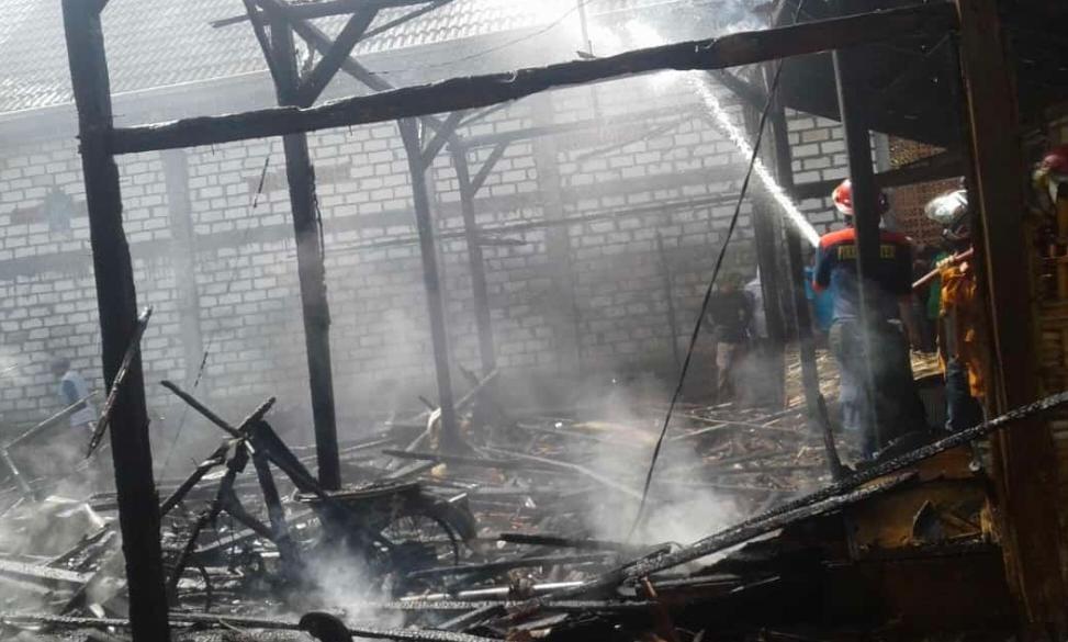 Kasihan, Rumah Nenek Tua Renta di Lamongan ludes Terbakar